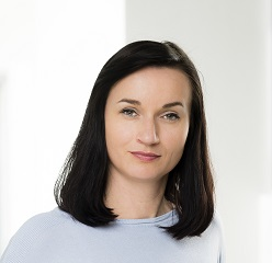 Jitka<br>Holoubek Rošová